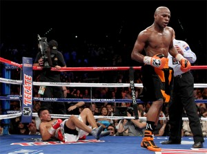 MayweatherOrtiz Hoganphotos1 300x224 Floyd Mayweather and King Solomon share same advice