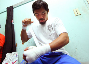 Pacquiao media day_121128_002a