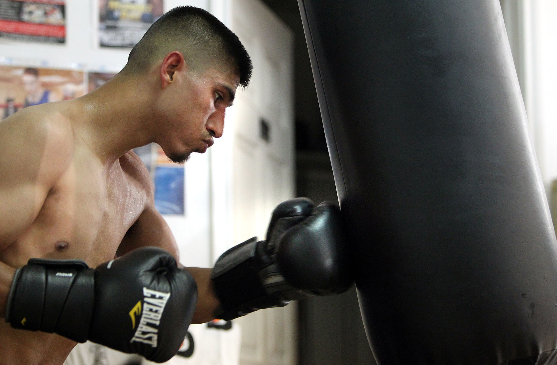 Mikey Garcia private workout 130611 004a - Mikey Garcia: A Step Towards Greatness