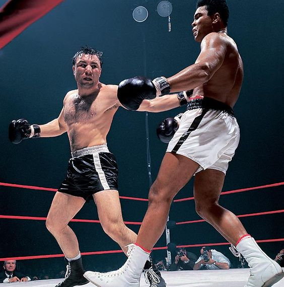 Being From Toronto Chuvalo Would Turn Professional There In April Of 1956  And Win His First Five Fights By Knockout And Jumping To An Eight Rounder  ...