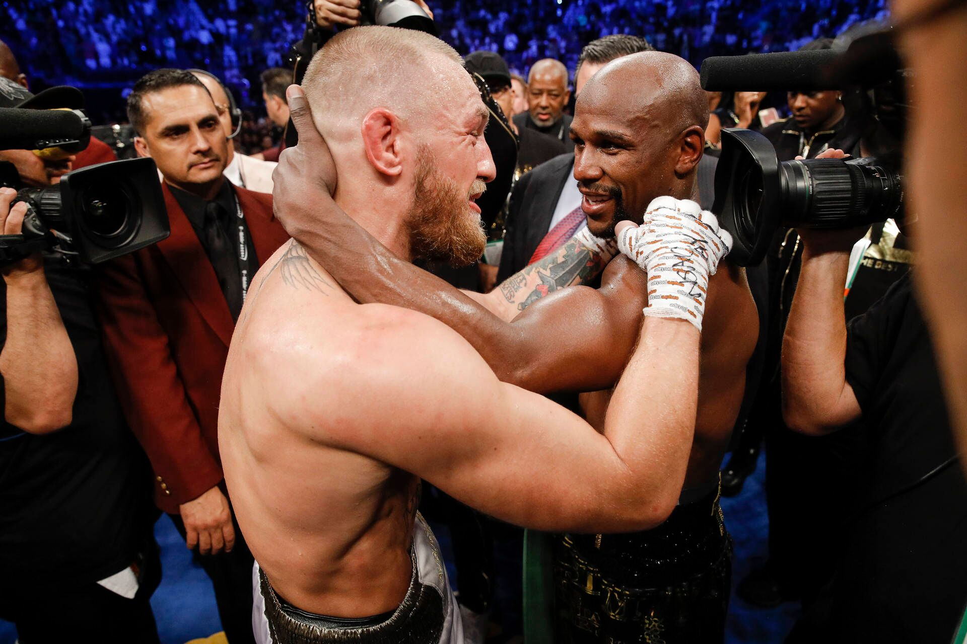 038 Floyd Mayweather vs Conor McGregor - Conor McGregor Wants Floyd Mayweather Jr. Rematch