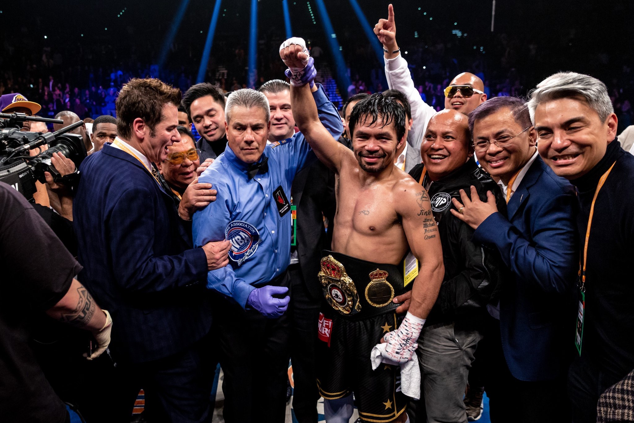 F516F72E 0CE2 4B89 BC1B 7CCAB597F8C3 - Pacquiao Scratches Cornea, Talks With Mayweather, Finds Home Broken Into