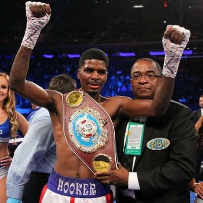 8zVS8uVz 400x400 - Boxing Insider Interview: Maurice Hooker: Laying Claim as the Boogey Man at 140?
