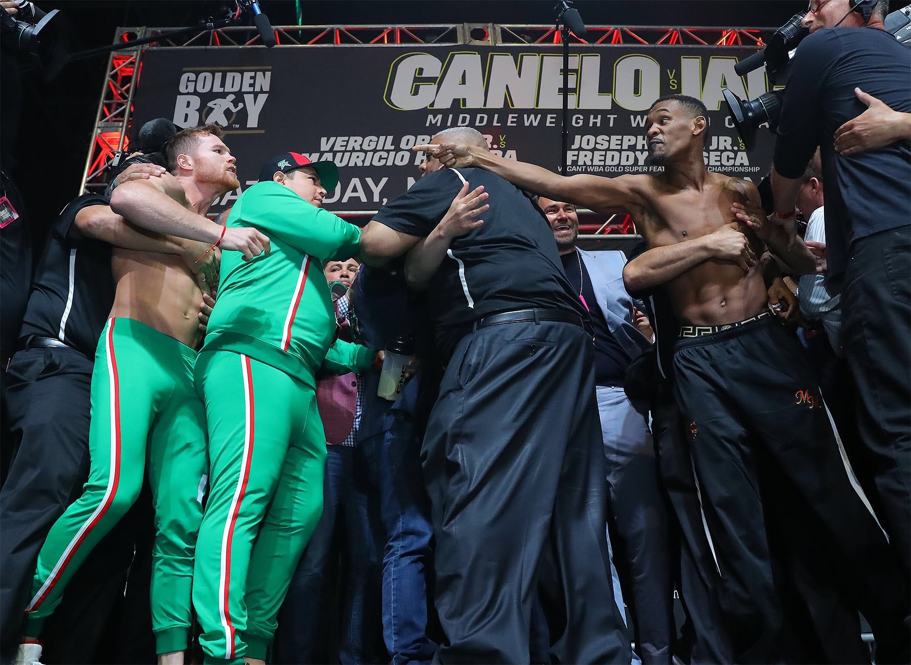 CD6001A9 8270 440E B3D6 11AF54062D03 - Canelo-Jacobs Reportedly Lures In 1.2 Million Viewers