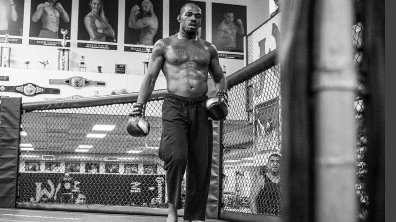 thumbnail 6 - Jon Jones Unwilling to Concede Size, Strength Advantage to Cormier at Heavyweight
