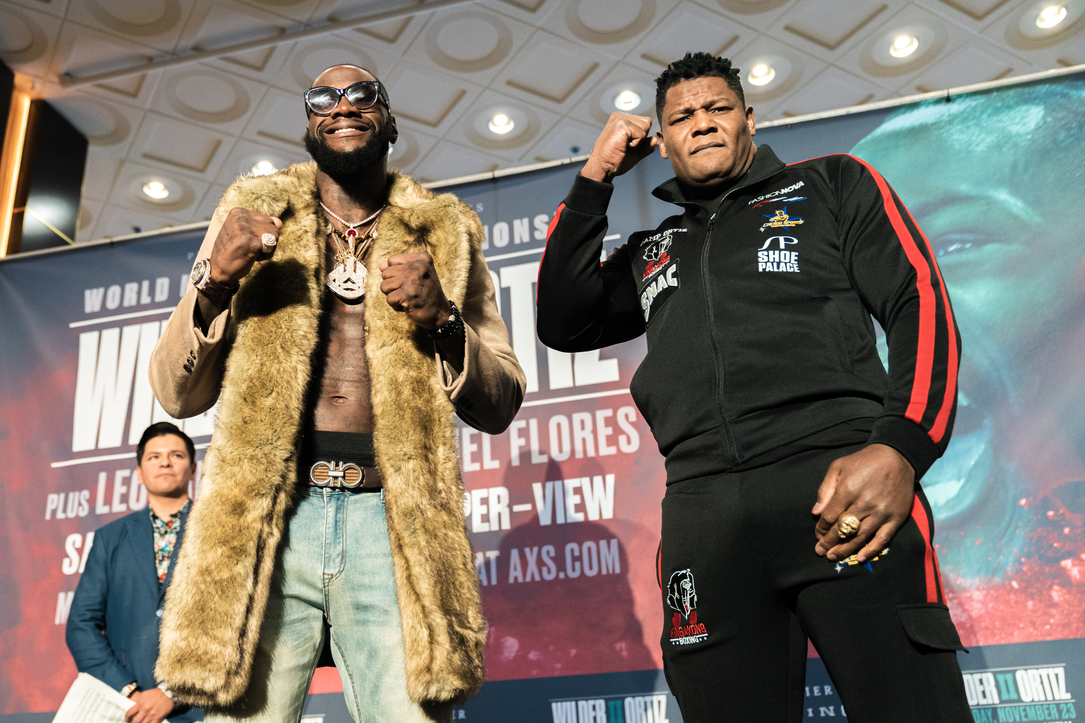 399504E0 1788 4795 AC47 170113DD80D6 - Boxing Insider Notebook: Fox, Wilder, Ortiz, Hart, Smith, and more…