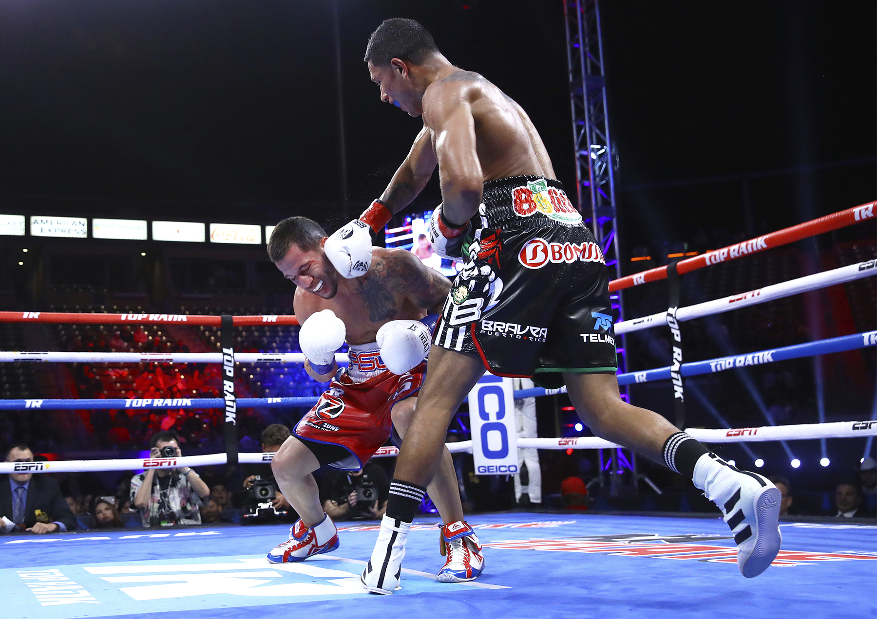 berchelt sosa mikey williams top rank - Miguel Berchelt is Looking to Take Over the Junior Lightweight Division