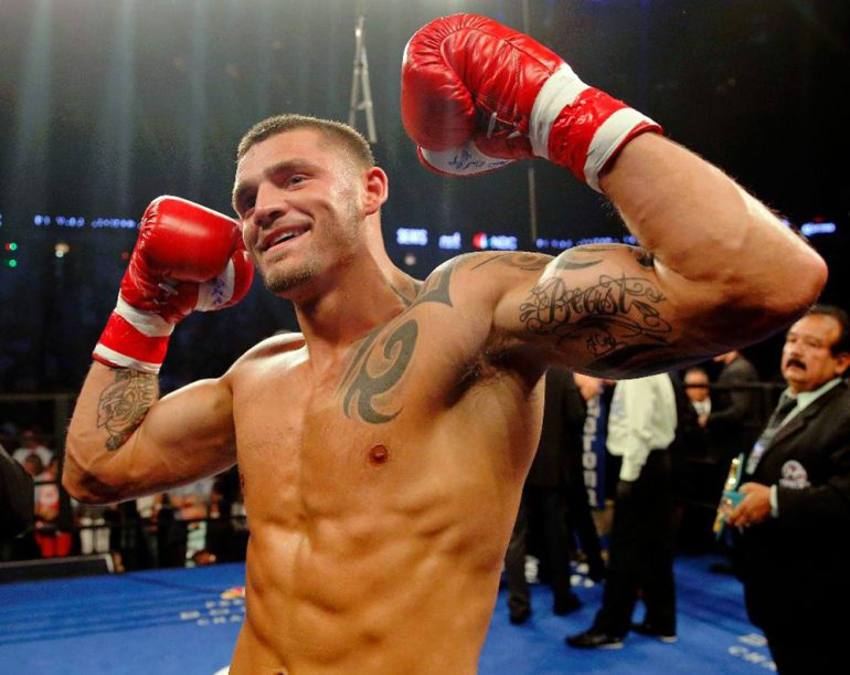 Joe Smith Jr. Ekes Out Close Decision Win Over Maxim Vlasov