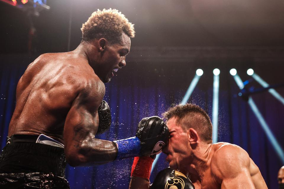 """Big Charlo - Shawn Porter Wants To See Demetrius Andrade Face Off Against Jermall Charlo: """"I Think Andrade Would Win That Fight"""""""