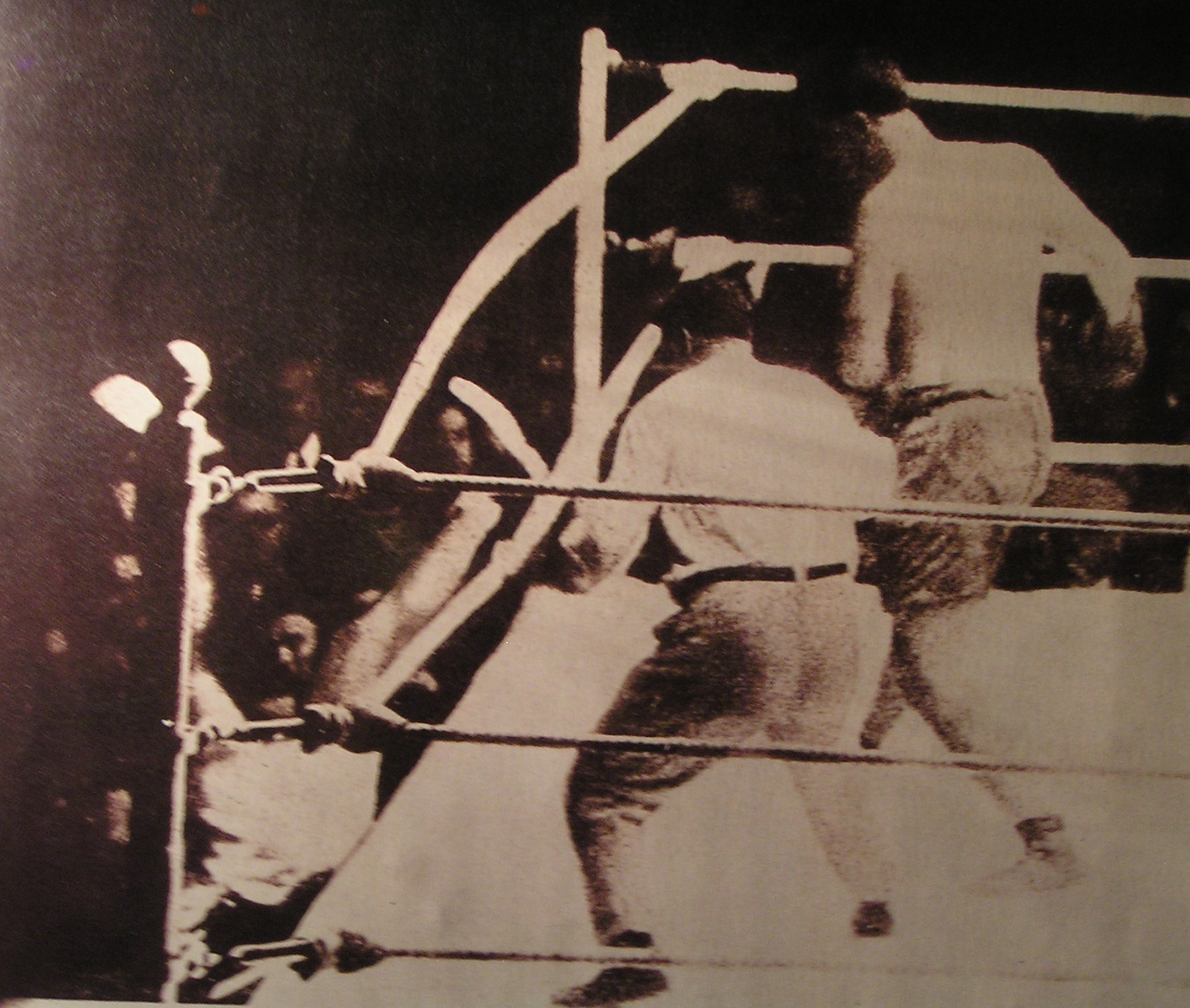 The Wildest Heavyweight Title Match In History: Dempsey-Firpo