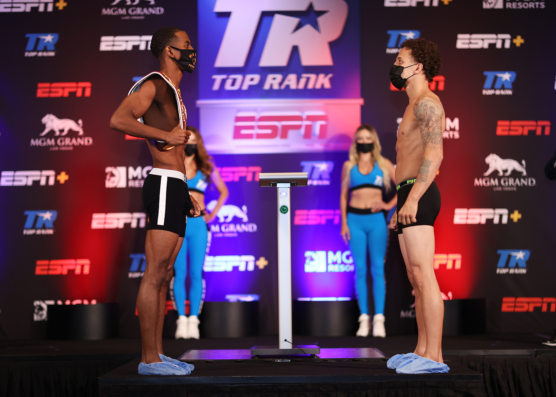 Herring Oquendo Faceoff - Jamel Herring vs Jonathan Oquendo: Fight Preview