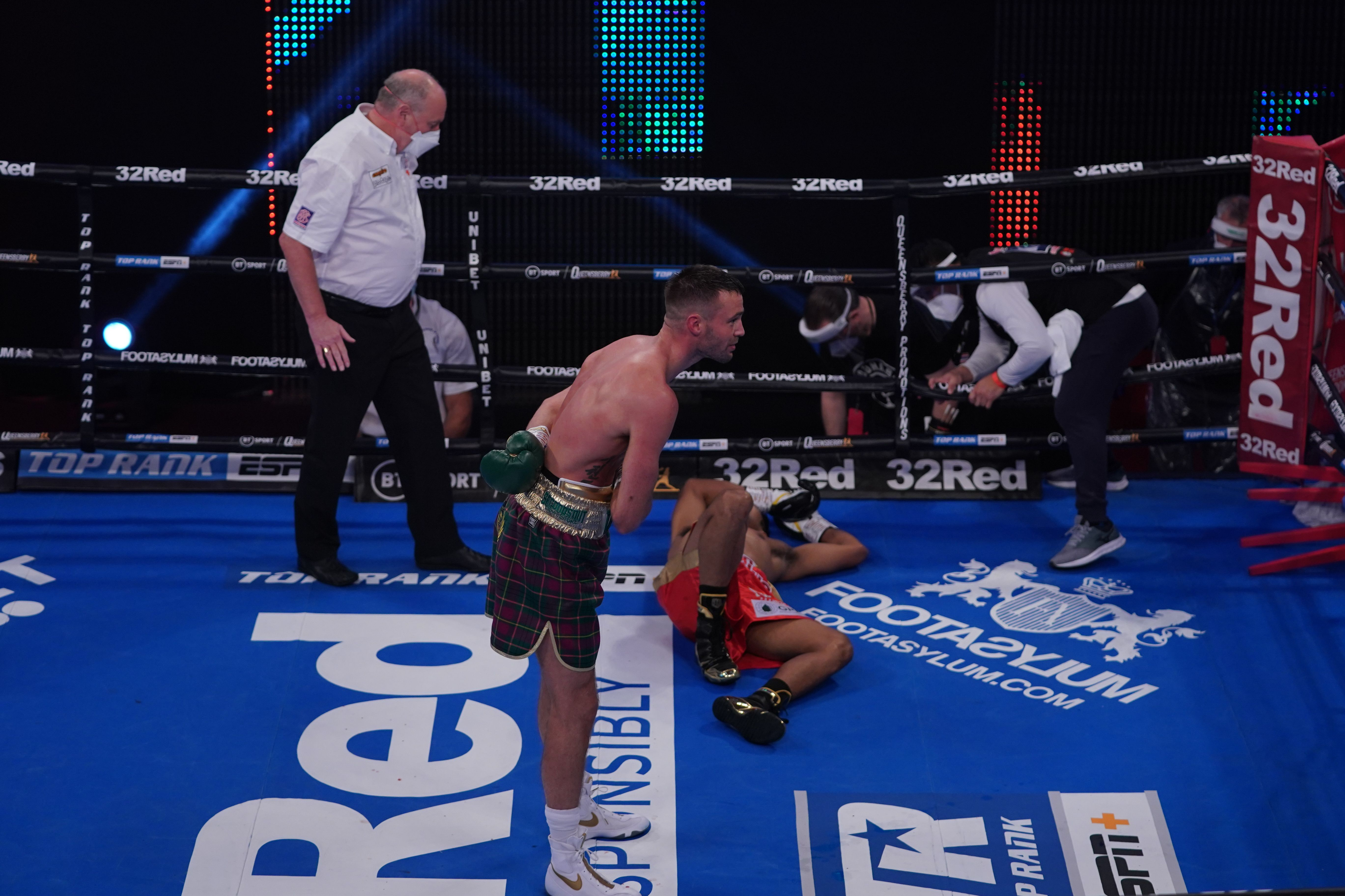 Taylor - 41 Seconds Is All Josh Taylor Needed Against Apinun Khongsong