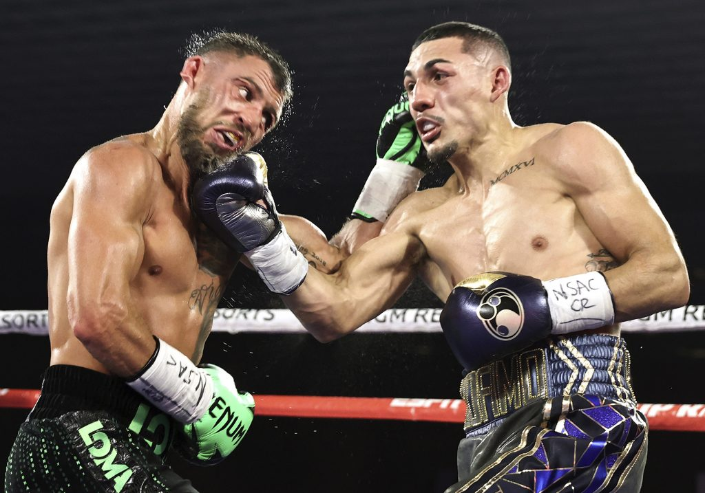 Lopez Beats Loma 1024x717 - Teofimo Lopez Pulls Off The Massive Upset, Becomes Undisputed Champ At 135