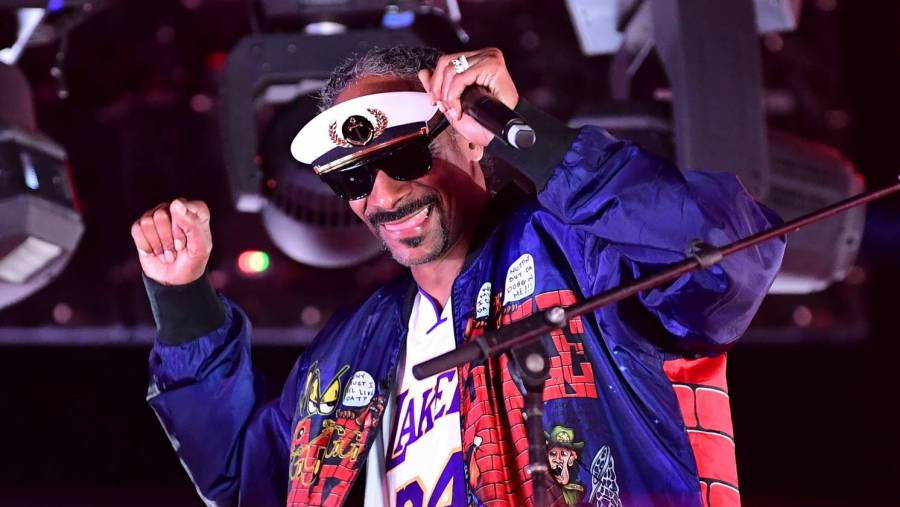 """Snoop Dogg And Triller Team Up To Launch New Boxing League, """"Fight Club,"""""""